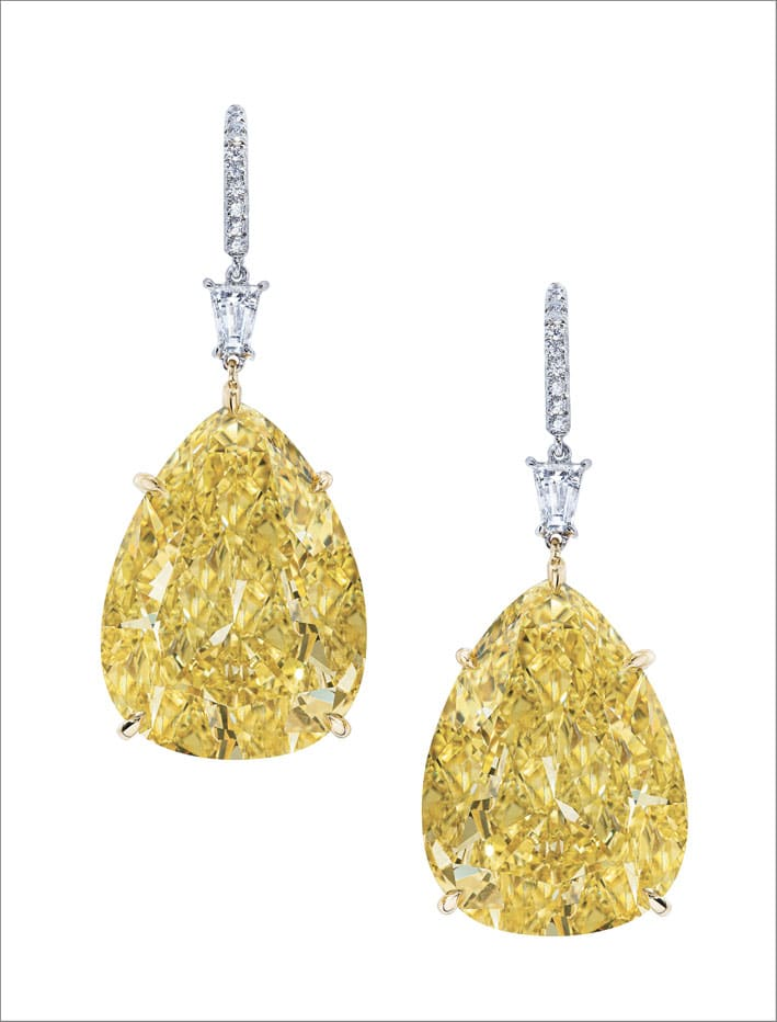 Orecchini con diamanti fancy yellow