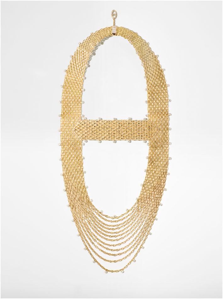 Collana Hermès Voltige. Foto di Remy Lonvis ed Hermes