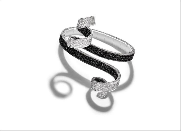 Bracciale in oro bianco 18 carati con 886 diamanti bianchi