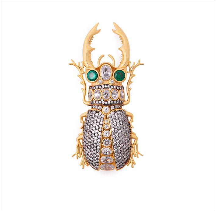 Spilla in bronzo placcato oro e cristalli
