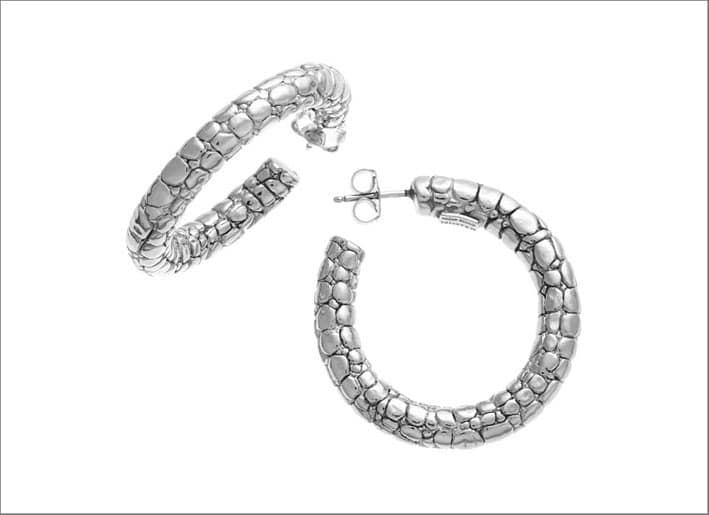 Orecchini a cerchio in argento