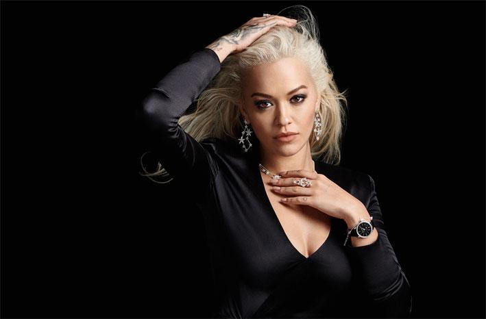 Rita Ora con i gioielli di Thomas Sabo