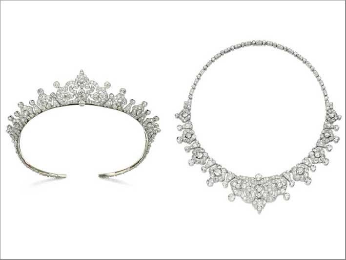 Tiara di diamanti trasformabile in collana di Cartier