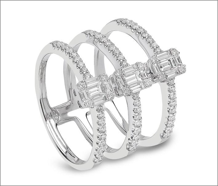 Yoko London, anello con diamanti triplo