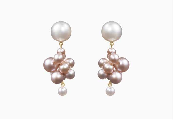 Orecchini in oro 14 carati con perle rosa