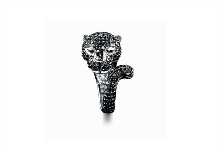 Anello a forma di pantera con diamanti neri