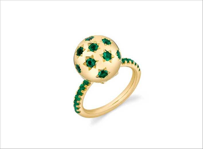 Anello in oro e smeraldi