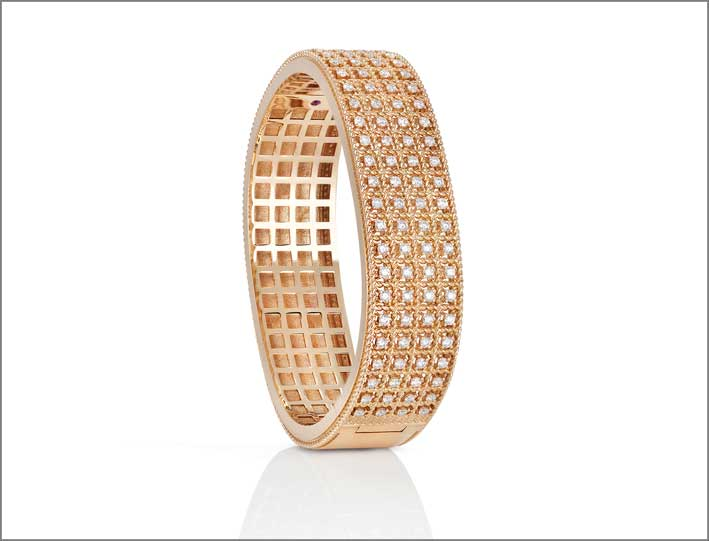 Rose gold bangles with white diamonds