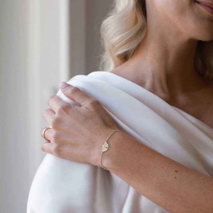 Melania Fumiko, anello e bracciale