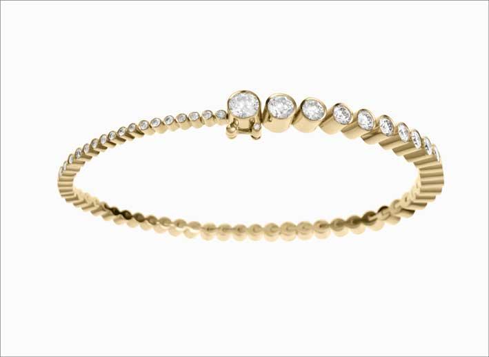 Bracciale in oro 18 carati e diamanti a scalare