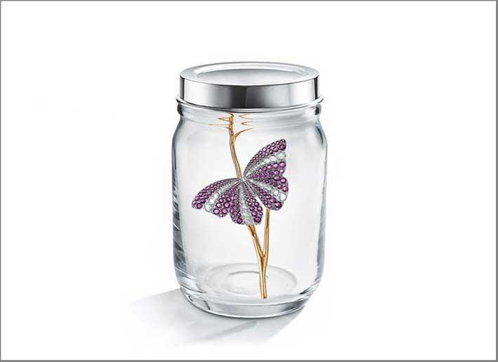 Spilla Butterfly dal Blue Book 2019, con zaffiri per 21 carati e diamanti per 6 carati