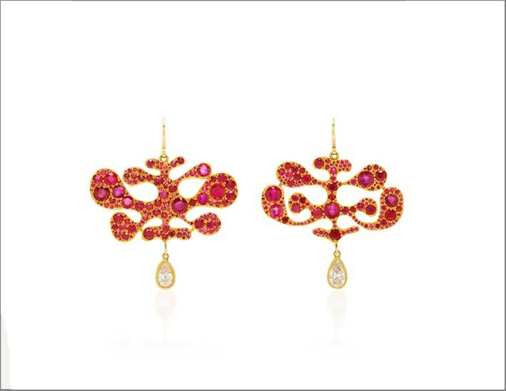Orecchini con rubini birmani