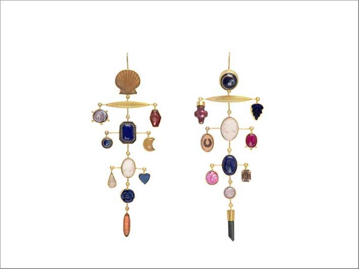 Orecchini in argento placcato oro 18k, cammeo, lapislazzuli, conchiglia, perla, opale e tormalina