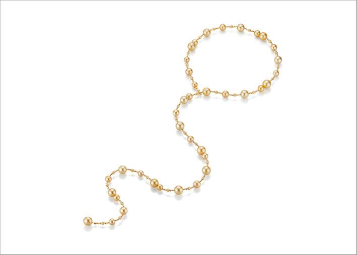 Collana in oro giallo lunga 1 metro con perle dei Mari del Sud color oro