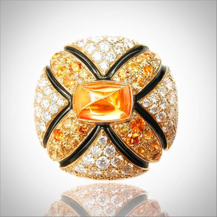 Anello Samarcanda in oro, diamanti, zaffiri, spessartite