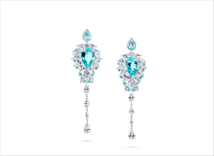 Orecchini con diamanti e tormalina paraiba