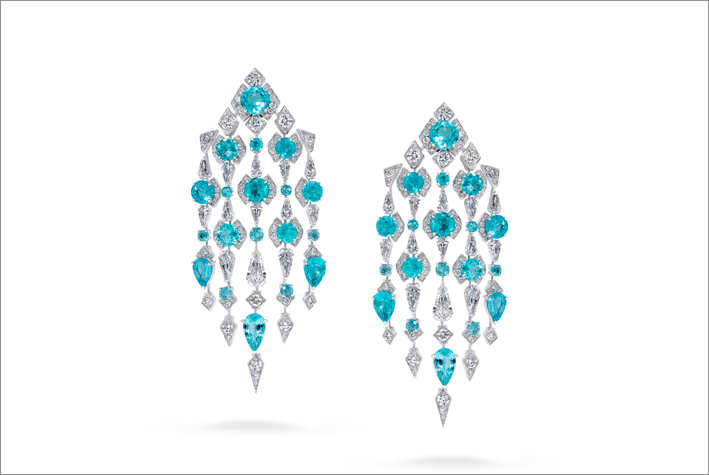 Orecchini a cascata con diamanti e paraiba
