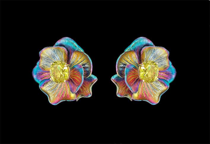 Anabela Chan, orecchini Rainbow Bloom