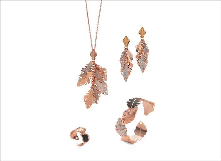 Collana, bracciale, anello e orecchini con placcatura oro rosa e glitter
