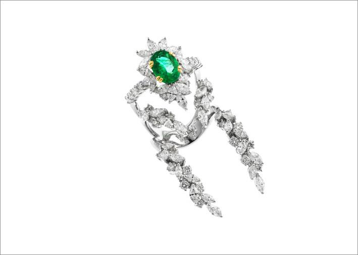 Anello con diamanti e smeraldo