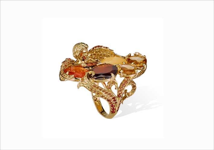 Anello in oro, titanio, diamanti, ambra, granati, opale di fuoco, zaffiri