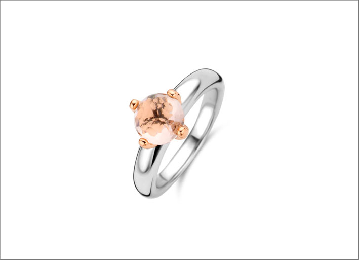 Anello in argento e cristallo sintetico rosa