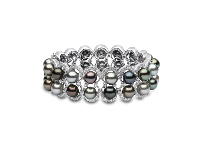 Bracciale con perle colorate e diamanti di Yoko London