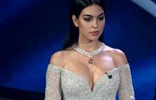 Georgina Rodriguez a Sanremo con la collana di Pasquale Bruni