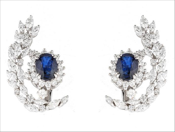 Orecchini con diamanti taglio marquise e brillante, zaffiri di 4,6 carati