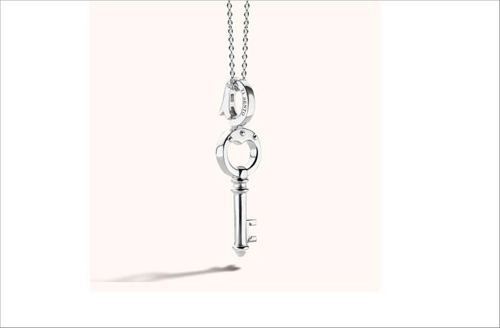 Pendente in argento a forma di chiave