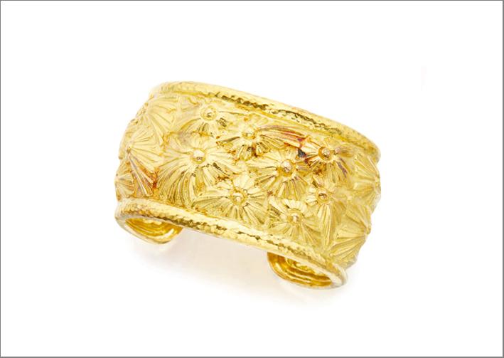 Gold cuff bracelet, David Webb