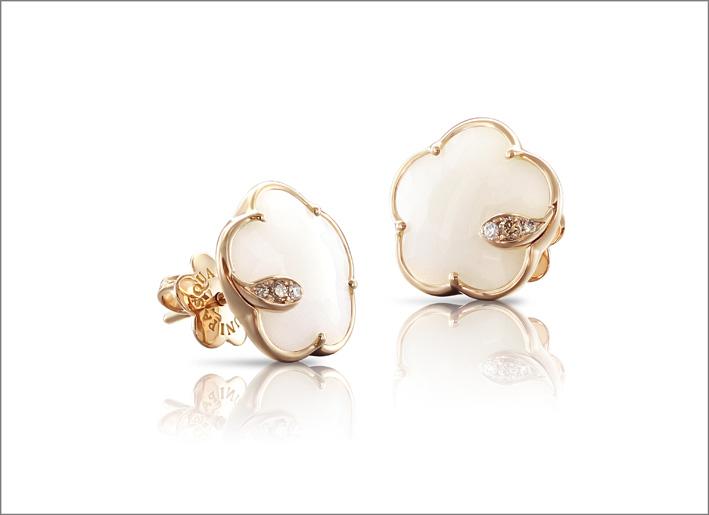 Petit Joli, orecchini con agata bianca