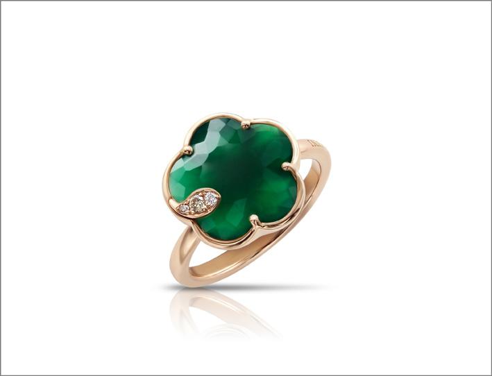 Petit Joli, anello in oro rosa, agata verde e diamanti