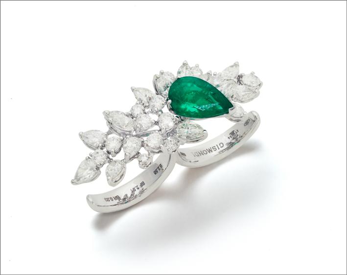 Anello doppio in oro bianco, smeraldo e diamanti