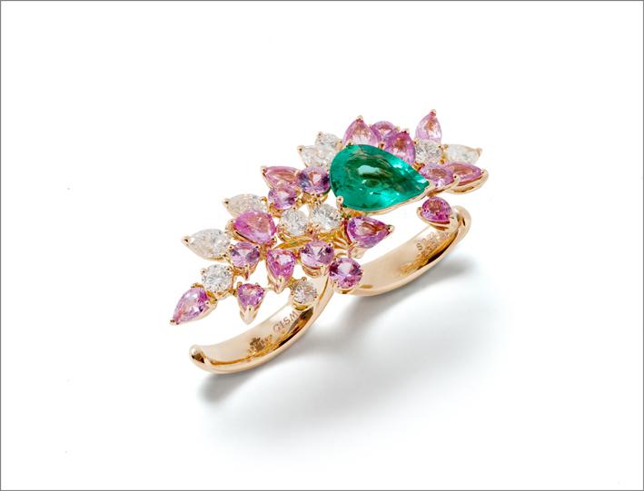 Anello doppio in oro bianco, zaffiri rosa, smeraldo e diamanti