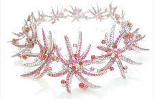Collana Firework in oro bianco, diamanti, rubini, zaffiri rosa