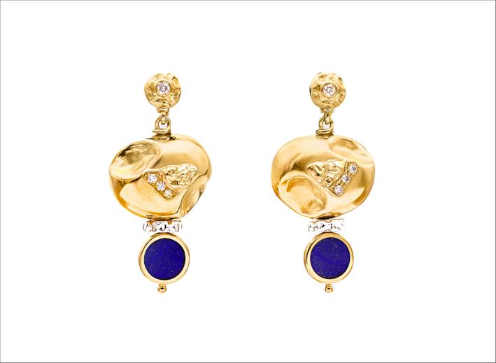 Orecchini in oro e argento, con diamanti e lapis