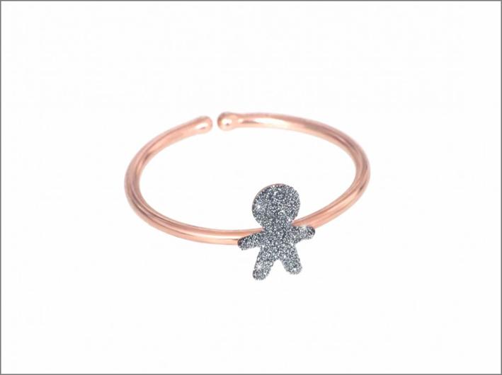 Anello Aurum, con sagoma di bimbo in micro polvere di diamanti cromo