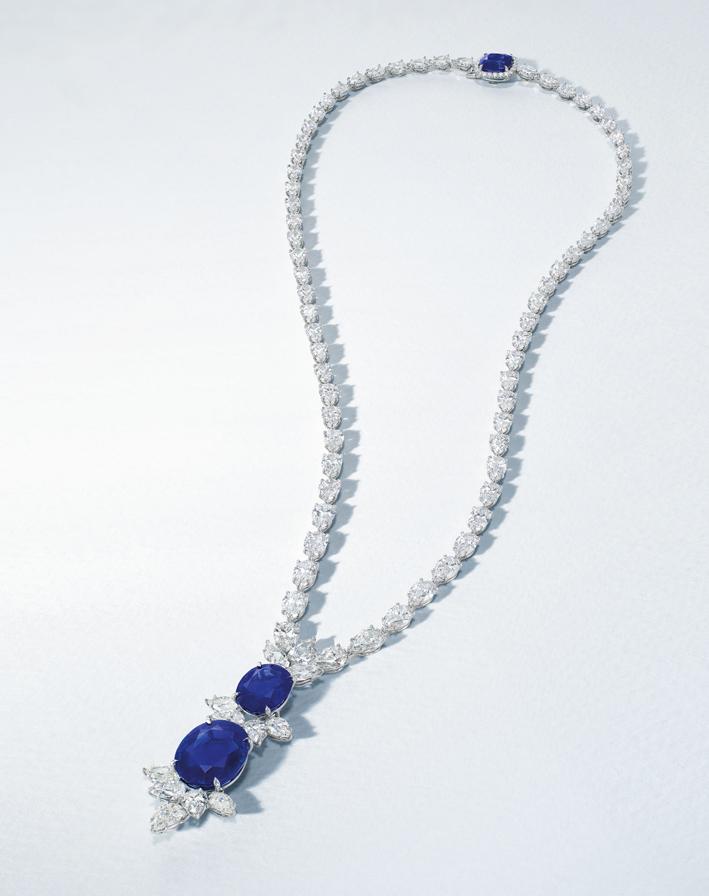 Collana con zaffiri e diamanti