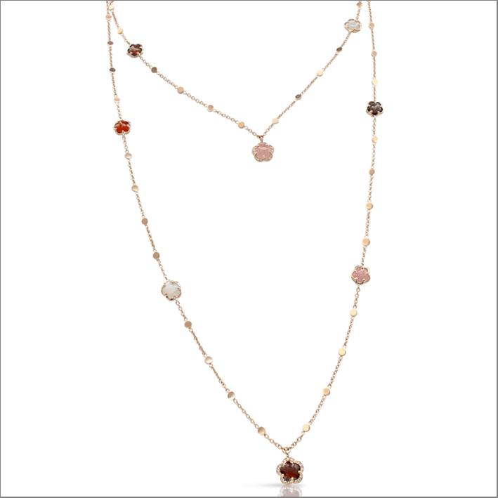 Collana Figlia dei Fiori, in oro rosa 18 carati, calcedonio rosa, granato rosso, pietra di luna, quarzo fumé, corniola, diamanti bianchi e champagne