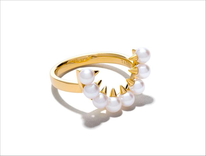 Anello in oro giallo e perle, Danger collection