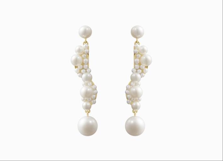 Orecchini ispirati alle sculture di Calder con perle di acqua dolce