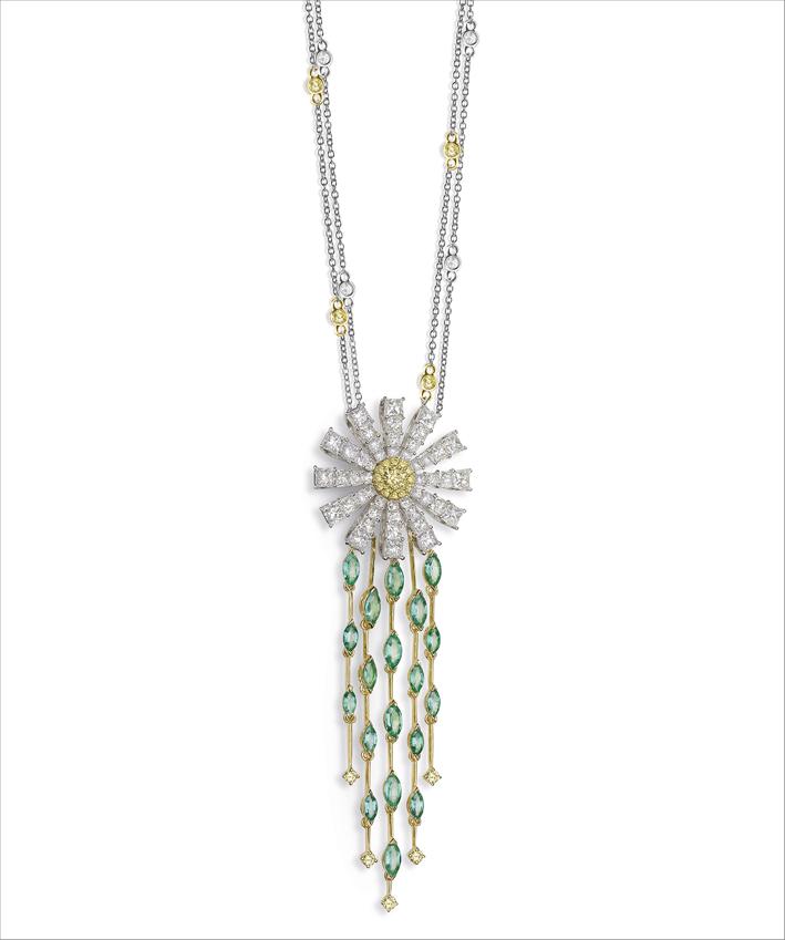 Pendente con diamanti bianchi e fancy, smeraldi