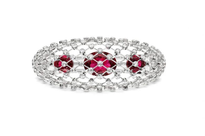 Bracciale Lacis con diamanti e tre rubelliti