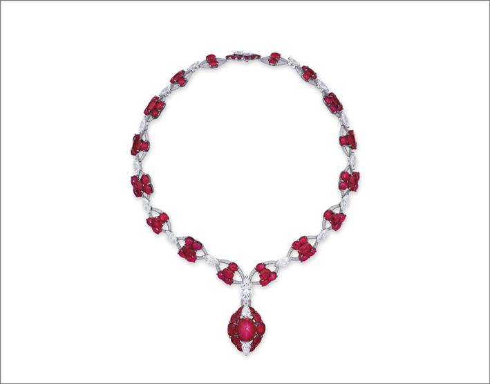 Collana di rubini e diamanti di Etcetera