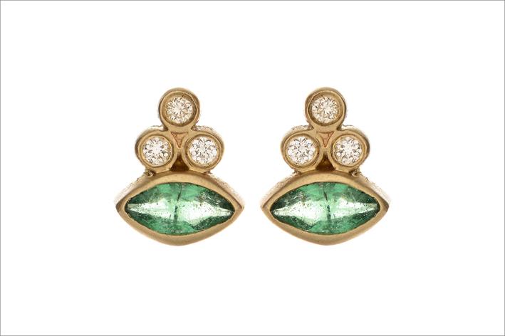 Orecchini in oro, diamanti e smeraldi