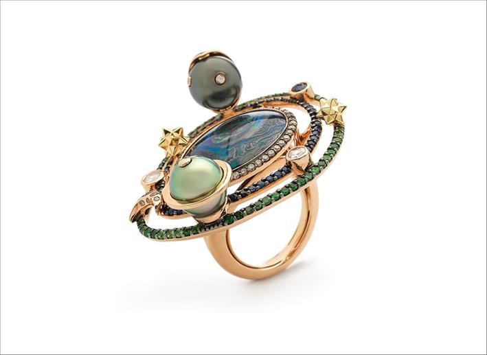 Anello in oro rosa 18 carati, oro giallo, opale, diamanti bianchi, zaffiri blu, tsavoriti, perla di Tahiti