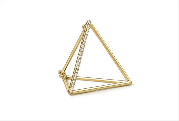 Orecchino singolo in oro e diamanti