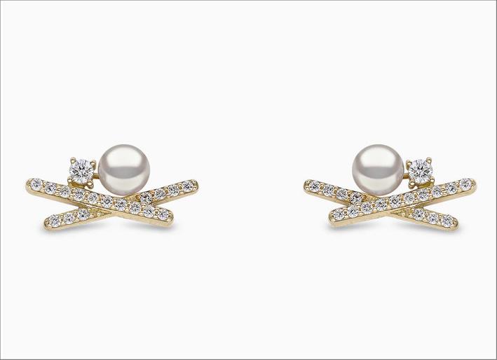Orecchini in oro giallo, diamanti e perle Akoya