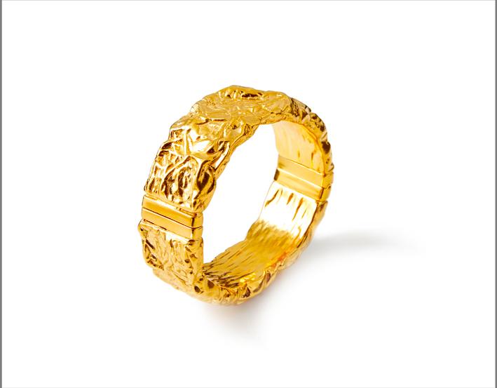 Bracciale rigido in argento dorato